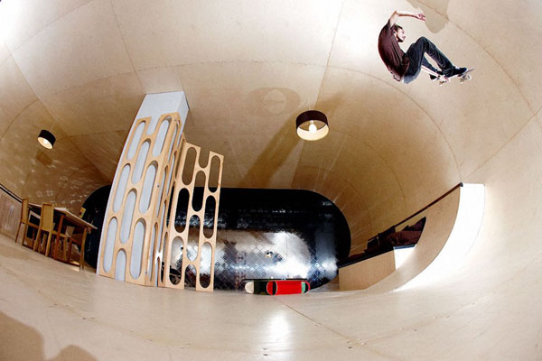 skateboard-house-01