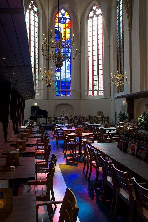 broerenkerk-church-transformed-into-a-bookstore-zwolle-netherlands-013