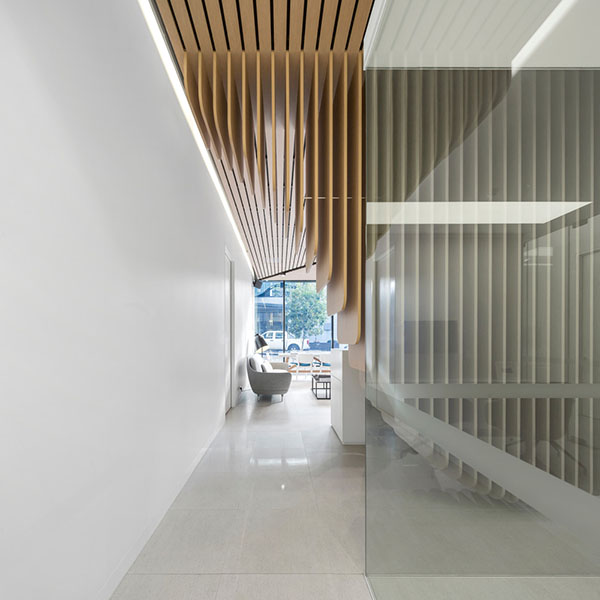 dental-clinic-interiors-in-sydney-by-Pedra Silva Architects-09
