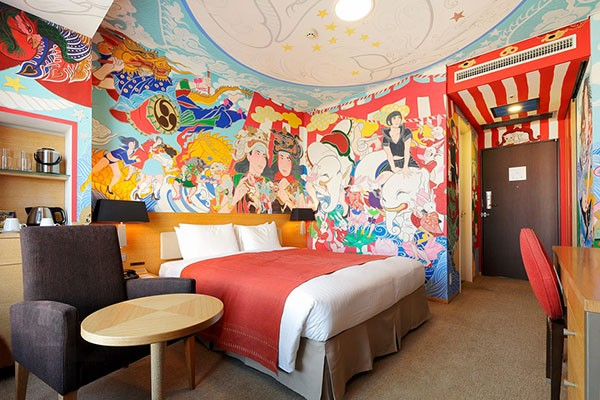 park-hotel-tokyo-hand-painted-rooms-by-japanese-artists-01